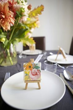 If you're an artsy couple, you'd probably be psyched to incorporate some of your love of painting and illustration into your big day. But even if you're not, these creative details might be just the thing for you, too. After all, a little color and texture never hurt anybody.