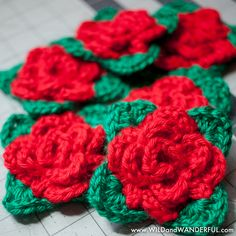 Free pattern @ wild and wanderful -  granny square rose - Worsted Weight Yarn - Crochet hook size H-8 (5.0 mm)