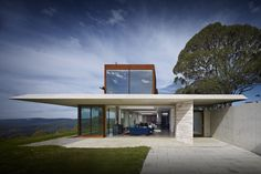 Australian House of the Year and winner of New House over 200 m<sup>2</sup>: Invisible House by Peter Stutchbury Architecture.