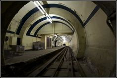 Silent UK a site about urban exploration. This image is of Aldwych Abandoned Tube Station