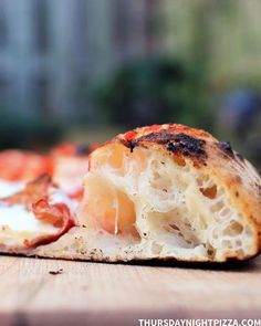 Neapolitan Pizza Dough Recipe, Neopolitan Pizza, Italian Pizza Dough Recipe, Best Pizza Dough Recipe, Pizza Napolitaine, Good Pizza, Quick Pizza, Pizza Ovens, Vegetarian Food