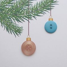 Christmas card with buttony baubles on the tree #buttons #christmas #crafts