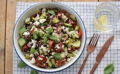 Vegetarische lunchrecepten Tasty Vegetarian, Salad Recipes, Healthy Recipes, Greens Recipe, Going Vegan, I Love Food, Feta, Potato Salad, Healthy Eating