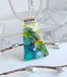 Green Necklace Fused Glass Jewelry Glass Pendant door myfusedglass