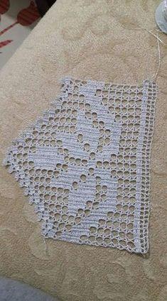 Crochet lace square pattern ganchillo Ideas for 2019 Filet Crochet, Crochet Lace Edging, Crochet Leaves, Crochet Borders, Crochet Stitches Patterns, Doily Patterns, Crochet Chart, Crochet Squares, Baby Knitting Patterns