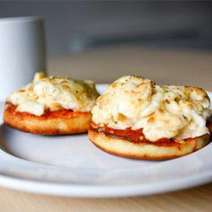 Mini Breakfast Pizza HealthyAperture.com