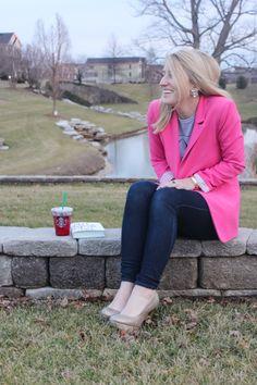 #highheelsandhappyhartz #fashion #pink #blazer #blonde #blogger #fashionblogger #style #wiw #t+jdesigns