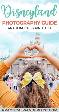 18 Magical Disneyland Picture Ideas: The Ultimate Disneyland Photography Guide 18 Magische Disneyland-Bildideen: Der ultimative Disneyland-Fotografie-Guide Disneyland Secrets, Disneyland Photos, Disneyland Vacation, Disneyland California, Disney Vacations, Disney Trips, Disney Travel, Disneyland Hacks, Disneyland Christmas