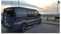 Renault Trafic Renault Master, Rv Homes, Day Van, Cool Vans, Vw T, Custom Vans, Car Wrap, Campervan, Fast Cars