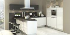 foto's keuken met schiereiland en bar - Google zoeken Parallel Kitchen Design, Cocinas Kitchen, Home Renovation, Home Kitchens, Man Cave, Sweet Home, New Homes, Layout, Interior
