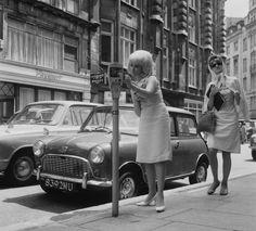 1964 | 21 Magnificent Mid-Century Pics Of Paris
