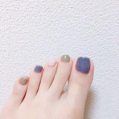 Installation of acrylic or gel nails - My Nails Feet Nail Design, Toe Nail Designs, Pretty Toe Nails, Love Nails, American Nails, Korean Nails, Manicure Y Pedicure, Feet Nails, Minimalist Nails