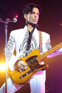 Pin for Later: Die Todesursache von Prince wurde bekannt gegeben