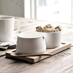 Sugar + Creamer Set on Bamboo Tray     cute and affordable