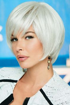 Hand-Tied Straight Grey Synthetic Bob Hair Styled Wigs perfect for every occasion. Short Lace Front Wigs, Short Wigs, Synthetic Lace Front Wigs, Curly Wigs, Synthetic Wigs, Trending Hairstyles, Short Bob Hairstyles, Wig Hairstyles, Wig Styles