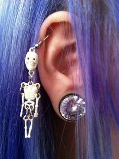 <3 #skeleton #halloween #spooky #plugs #stretchedears #stretchedlobes #bodymods #bodymodification