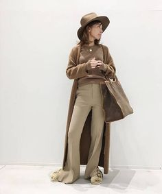 BUYER.Yの【ARCH THE/アーチ ザ】LONG KNIT カーディガン コーディネートスナップ|L'Appartement(アパルトモン)- BAYCREW'S STORE Normcore, Woman Style, Knitting, Coat, Womens Fashion, Jackets, Clothes, Down Jackets, Outfits