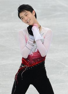 羽生結弦、23歳でプロ転向を表明 平昌オリンピックを集大成に