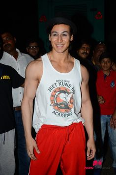 Tiger Shroff And Jacqueline Snapped On The Sets Of Flying Jatt