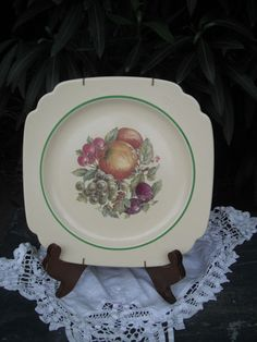 Vintage Homer Laughlin Square Plate w/Fruit