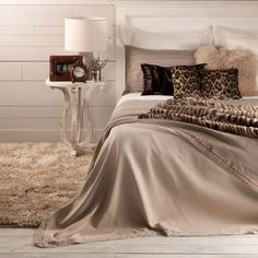 Ohh this bed looks so comfy.ZARA HOME .