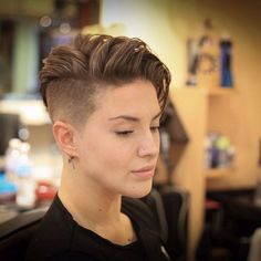 What a great story line! Tomboy Hairstyles, Undercut Hairstyles, Cool Hairstyles, Butch Haircuts, Girls Short Haircuts, Short Hair Cuts, Short Hair Styles, Super Short Hair, Lesbian Hair