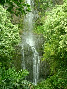 Road to Hanna Waterfalls