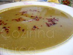 On a meat free monday, that's todays dinner....  Sopa de Lentilhas Vermelhas e Hortelã (Kırmızı Mercimek Çorbası)