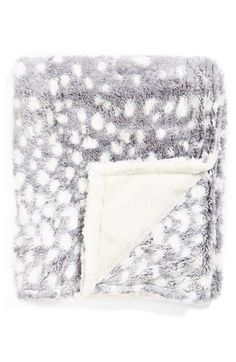 A cozy blanket is on my holiday gift guide for the little guys. It's also great for all those moms to be.