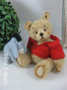 Winnie by By Vera J.Bears | Bear Pile