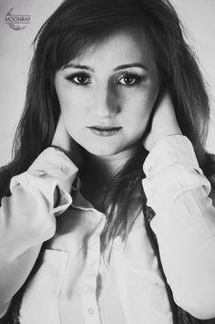 Model: Kasia; Foto: MOONRAF