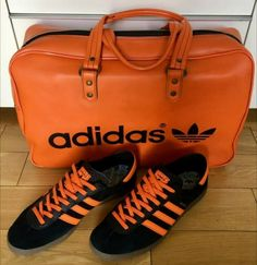 Crackin combo - classic Peter Black bag and Adidas Brussel Adidas Og, Adidas Retro, Adidas Vintage, Vintage Bag, Vintage Shoes, Football Casuals, Adidas Originals, Trainers, Babe