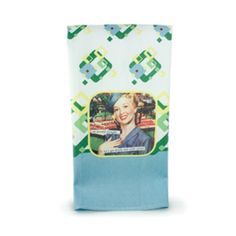 """Retro Kitchen Towel: """"On second thought… Let's get drunk and order pizza!"""""""