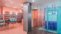 Why Masquespacio takes inspiration from a laboratory for this colourful store - News - Frameweb