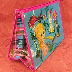 Bunter Kulturbeutel  Gilda für die Reise - MiaDeRoca Bunt, Decor, Dopp Kit, Woodland Forest, Viajes, Decoration, Decorating, Deco