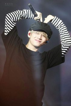 V 171104 Wings tour in Macao ♡ Jungkook Jeon, Kim Taehyung, Taehyung 2017, Daegu, Rap, Bts Wings Tour, Album Bts, Jin Kim, Cute Little Baby