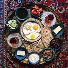 "hubulhusayn: "" I had my first Lebanese breakfast at a friend's house 2 weeks ago when I went to Dearborn. Lebanese Breakfast, Turkish Breakfast, Turkish Tea, Breakfast Around The World, Turkish Recipes, Ethnic Recipes, Iran Food, Iranian Cuisine, Iranian Dishes"