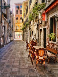 Saidewalk cade in Venice--Sylvia Cook Photography