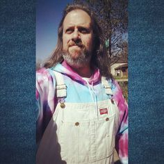 What a bright day! #sunshine #overalls #vintage #Dickies #bleacheddenim #tiedye