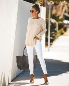 Nov 2019 - Dresses are a simple option for business casual attire. In the fashion business, it's named Business Casual! Casual work attire for women shouldn't be Work Attire Women, Casual Work Attire, Casual Office, Casual Chic, Office Chic, Office Wear, Casual Fall, Business Casual Sweater, Casual Sweaters