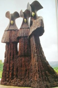 """thegoblinmarketofficial: """" Sculpture of Philip Jackson website: http://www.philipjacksonsculptures.co.uk/ """" These are so odd and unassuming."""