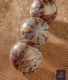 Saiba como encantar seus convidados e clientes neste Natal! Saiba mais em www.staldendecor.com.br   Peça o catálogo de Natal em comercial@staldendecor.com.br