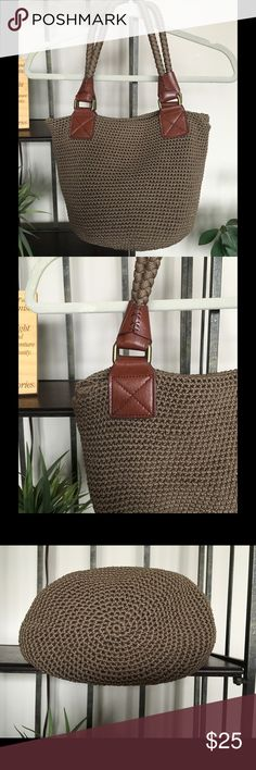 🔅THE SAK Crochet Tote Handbag Shoulder Purse🔅 Beautiful The SAK Cambria Crochet Tote Shoulder Handbag purse. The color is a darker Taupe/Beige with Brown leather accents. This purse is in excellent condition! Exterior looks awesome! No rips, stains, or holes. Shows minor pilling on inside lining which you can see in the picture but very clean. One zip pocket an two smaller open pockets on inside. Laying flat it Measures roughly 13 inches wide and 12 inches tall. The Sak Bags Shoulder Bags