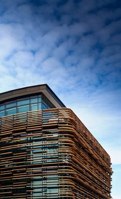 """Meridian Building / Studio Pacific Architecture Site Wellington, New Zealand. """"Situated in the Kumutoto precinct on Wellington's waterfront, the Meridian building is seamlessly% Architecture Cool, Wellington New Zealand, Wood Facade, Building Facade, Building Design, Double Skin, Bath And Beyond Coupon, Glass Curtain Wall, Facade Design"""