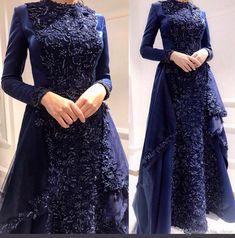 ✔ Dress Black And White Hijab Poofy Prom Dresses, Prom Dresses Long With Sleeves, Cheap Prom Dresses, Sexy Dresses, Hijab Evening Dress, Hijab Dress Party, Blue Evening Dresses, Black And White Prom Dresses, Dress Black