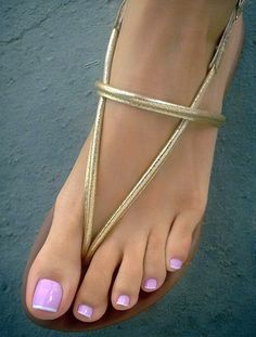 Women and their feet Pink Pedicure, Pretty Toe Nails, Pretty Toes, Beautiful Sandals, Beautiful Toes, Sexy Sandals, Bare Foot Sandals, Pies Sexy, Toe Nail Designs