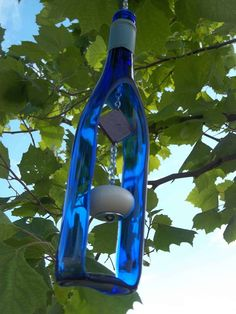 Best Wine Bottle Ideas Homemade Crafts images on Designspiration diy wine bottle crafts - Diy Recycled Wine Bottles, Wine Bottle Corks, Glass Bottle Crafts, Recycled Glass, Bottle Bottle, Bottle Trees, Bottle Garden, Homemade Wine, Homemade Crafts