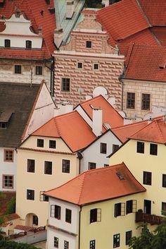 Český Krumlov, Southern Bohemia, Czech Republic ~ UNESCO World Heritage Site.  Photo: daniel.virella via Flickr