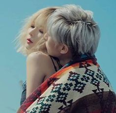 Trouble Maker make their first sexy comeback stage on 'Show Champion'   http://www.allkpop.com/article/2013/10/trouble-maker-make-their-first-sexy-comeback-stage-on-show-champion