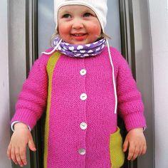 ❤ Ingvild ❤ Alpakkadress  Ready to play  #instastrikk #instaknit  #strikktilbarn #oneofakind #norwegiandesign #norskdesign #håndlaget #handmade #knit #knitdesign #knitforkids #knitting #strikk #strikkedesign #svingekjole #alpakkaull #knitinwool #wool #designstrikk #medkjærlighetpåpinne #knittinglove #knitaddict #igknit #igstrikk #strikkeavhengig #strikkedilla #chlarsen #knittersofinstagram